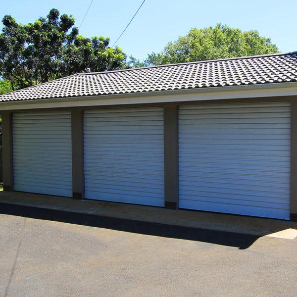 G006 - Triple Garage Plastered
